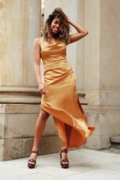 Was trage ich als Hochzeitsgast - the silk dress.